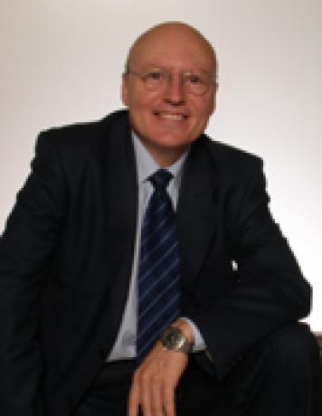 Luis A. Sequí González