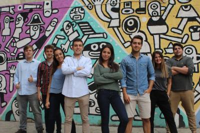 Estudiantes de LEINN producen conciertos de jóvenes promesas para costearse un viaje de estudios a Silicon Valley